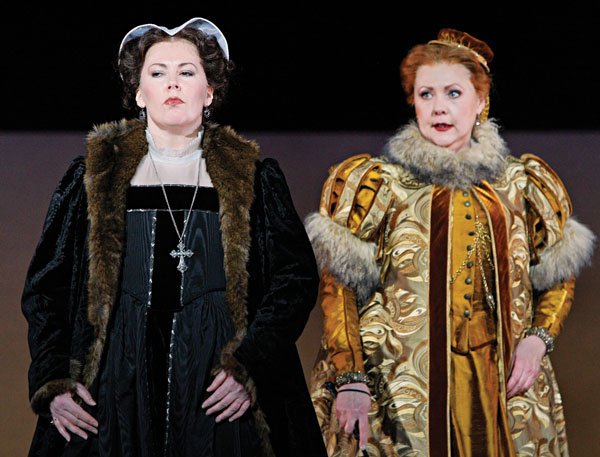 In Review Maria Stuarda HDL 1 411