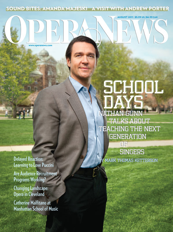 Cover August 2011