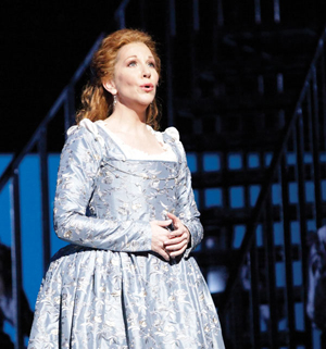 In Review Houston Maria Stuarda lg 712