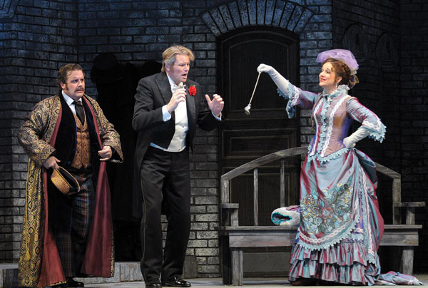 In Review Chicago Fledermaus hdl 314