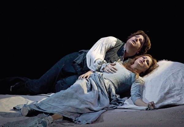 In Review Manon Lescaut Rome hdl 614