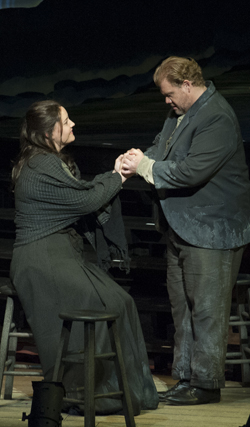 In Review Peter Grimes lg 1 714