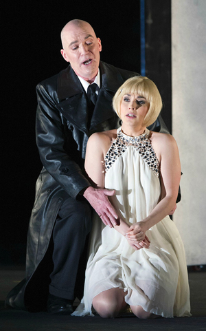 IN Review Welsh National Opera Figaro Divorce hdl 516