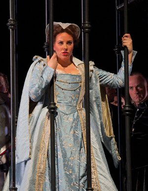 In Review Seattle Maria Stuarda lg 516