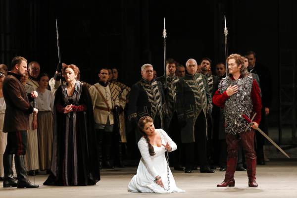 In Review Lohengrin Dresden hdl 616