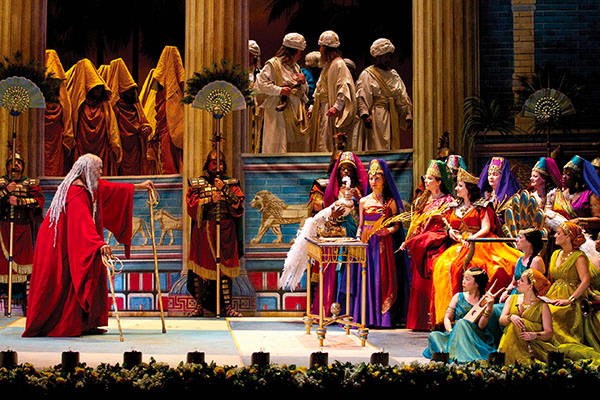 Noteworthy LA Opera Nabucco hdl 1017