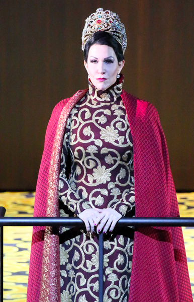 In Review Munich Semiramide lg 2317