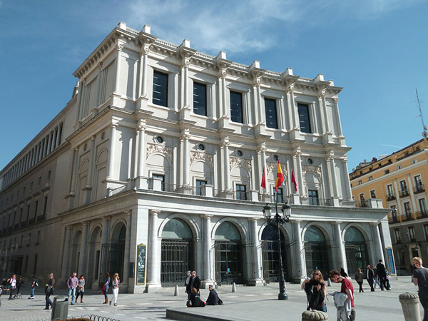 Noteworthy Teatro Real hdl 617